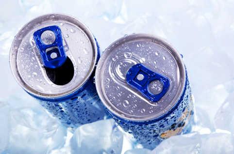 La mise en place d'une taxe sur les boissons énergisantes