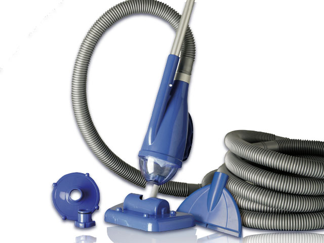 Aspirateur de piscine un indispensable for Aspirateur piscine manuel