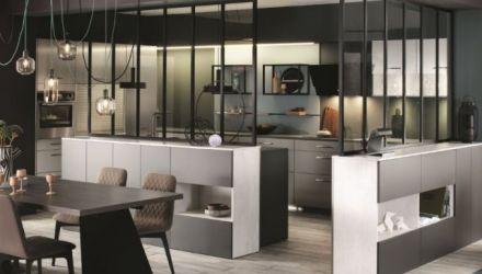 Style high-tech dans la décoration intérieure de la cuisine