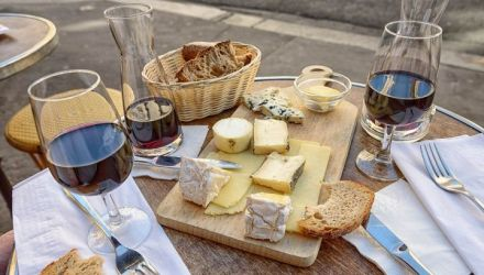Vins et fromages : comment les marier convenablement?